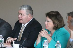 Senators Steve Oroho, R-24, and Linda Greenstein, D-14, at the Mount Laurel hearing of the Legislative Manufacturing Caucus.