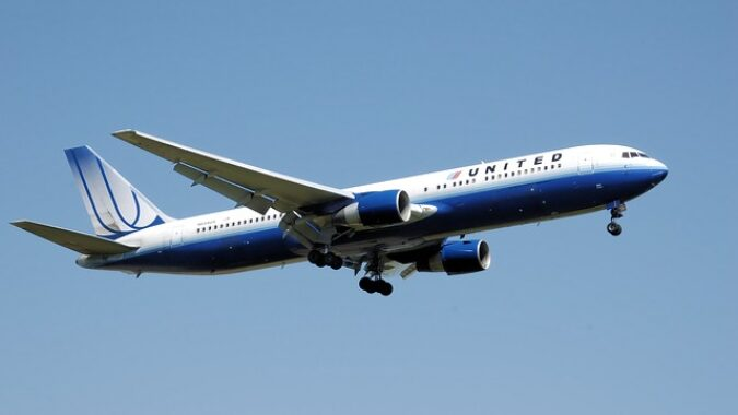 commercial aircraft photo